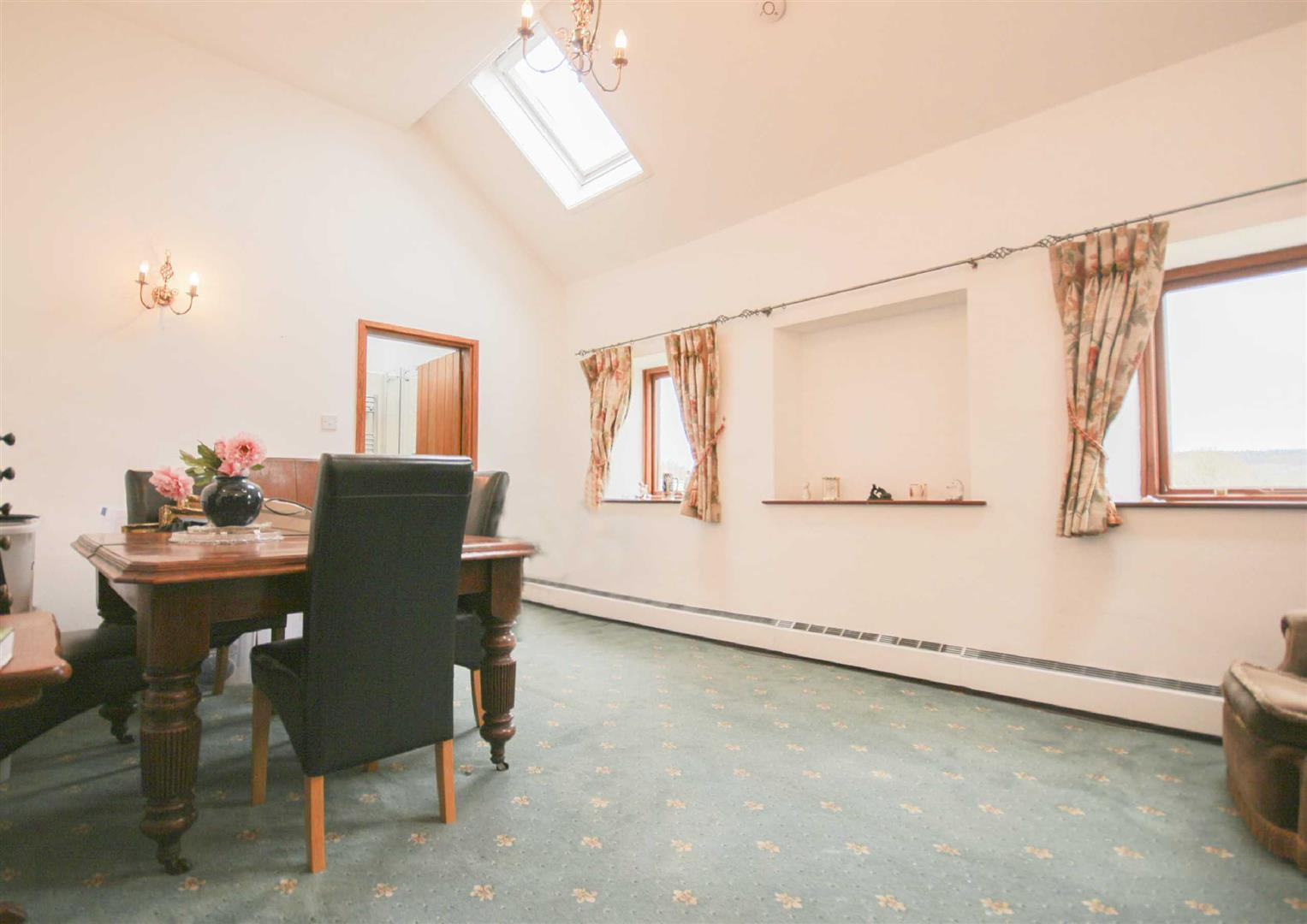 3 Bedroom Barn Conversion For Sale - Image 6